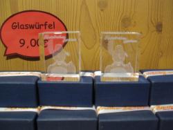 Glas-Würfel